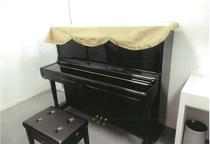 寄贈したアップライトピアノ