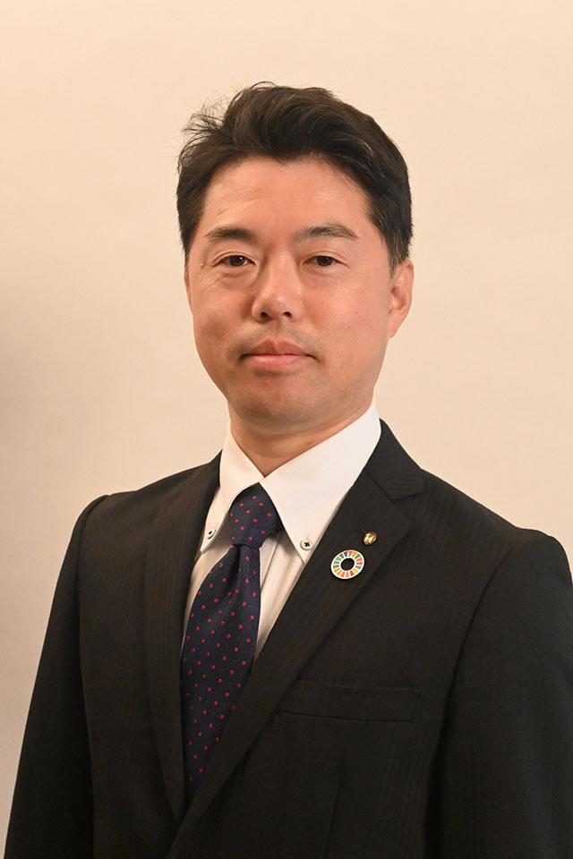 代表取締役社長 中島功雄